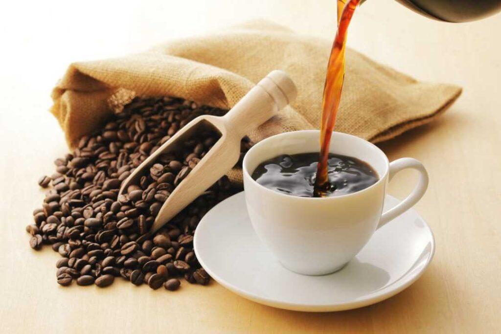 مصرف قهوه بدون کافئین